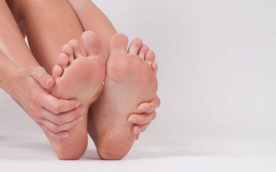 Grzybica stóp i paznokci – objawy, leczenie, zapobieganie